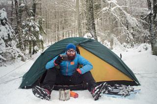 Šator u snijegu