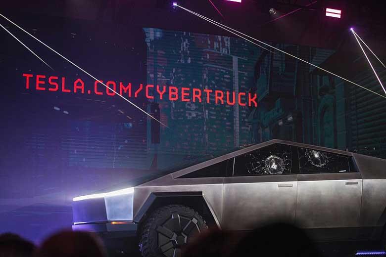 Predstavljanje-Teslinog-Cybertrucka