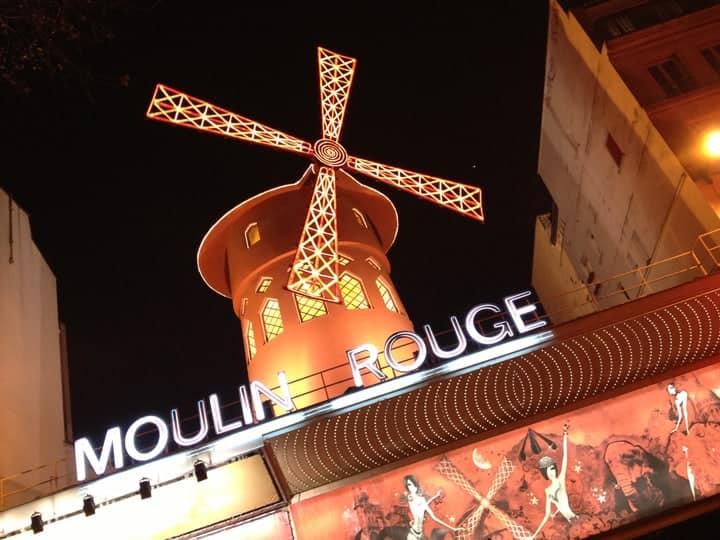 Moulin Rouge Cabaret Show