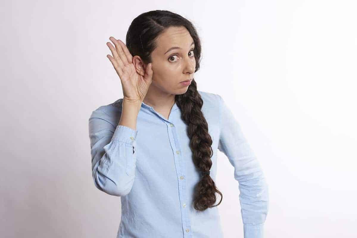 8 jednostavnih načina da budete bolji slušalac