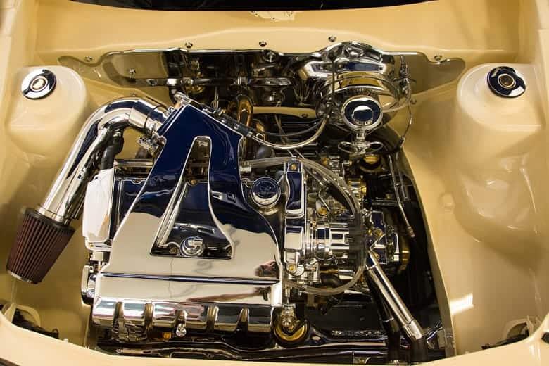 Golf V8 Motor